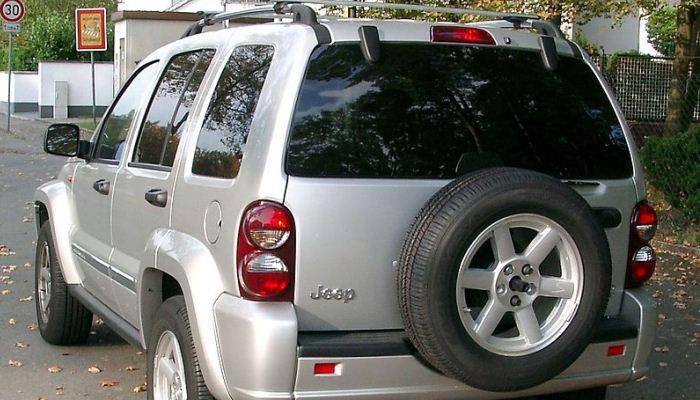 Vehículo Jeep Cherokee o Liberty con problemas