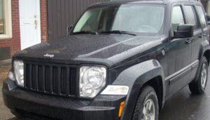 Cómo Instalar Un Convertidor Catalítico En Un Jeep Liberty