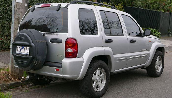 Señales De Una Falla Con La Suspensión De Un Jeep Liberty