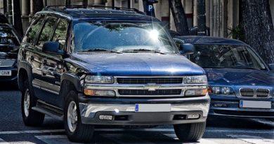 Diferencias Entre Parpadeo Y Luz De Control Constante Del Motor En Un Tahoe