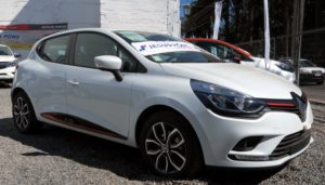 Cómo Cambiar Las Bujías De Encendido Del Renault Clio