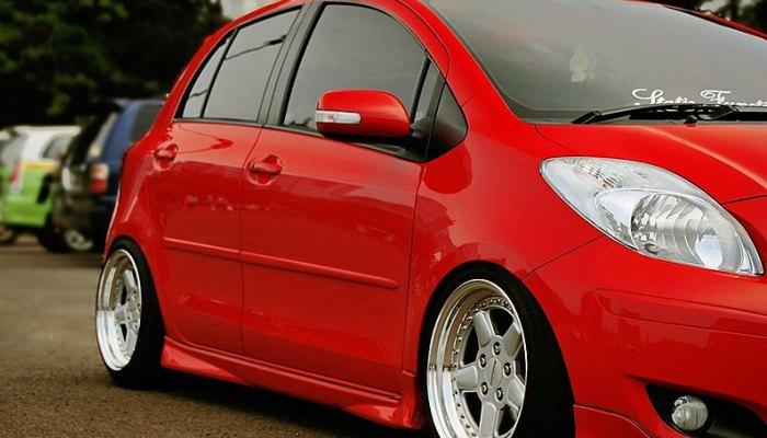 Reiniciar El Sensor De Presión De Neumáticos En Un Toyota Yaris.