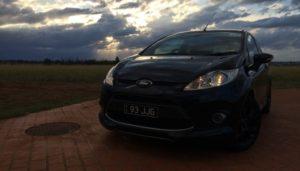 Cómo Cambiar La Bomba Del Limpiaparabrisas En Un Ford Fiesta