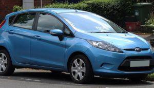 Cómo Cambiar Una Correa De Transmisión En Un Ford Fiesta