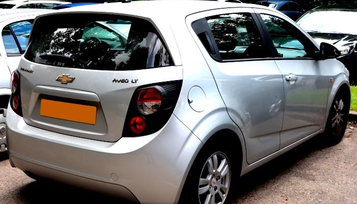 Cambiar Las Bujías De Encendido En Un Chevy Aveo 2008