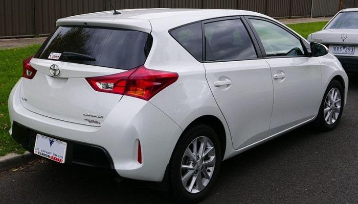 Transmisión Dañada En Un Toyota Corolla